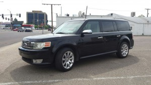 2009 Ford Flex left front angle