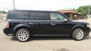 2009 Ford Flex right side
